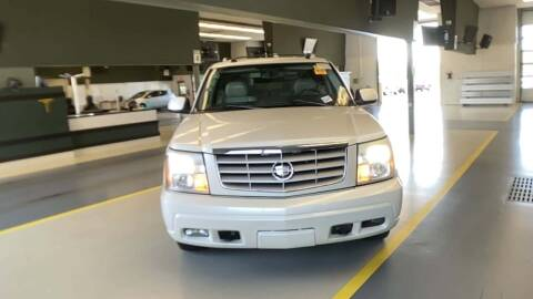 2005 Cadillac Escalade for sale at Cj king of car loans/JJ's Best Auto Sales in Troy MI