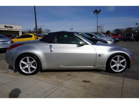 2004 Nissan 350Z for sale at Cj king of car loans/JJ's Best Auto Sales in Troy MI