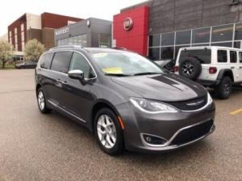2020 Chrysler Pacifica for sale at Cj king of car loans/JJ's Best Auto Sales in Troy MI
