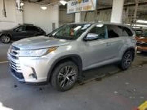 2019 Toyota Highlander for sale at Cj king of car loans/JJ's Best Auto Sales in Troy MI
