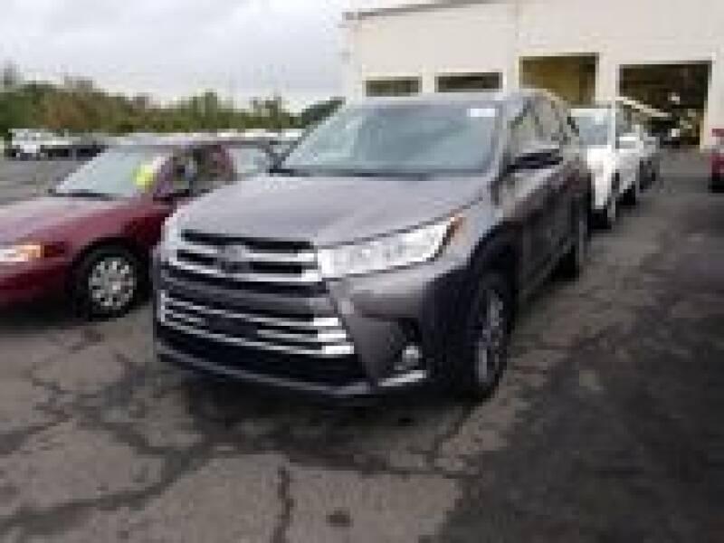 2017 Toyota Highlander for sale at Cj king of car loans/JJ's Best Auto Sales in Troy MI