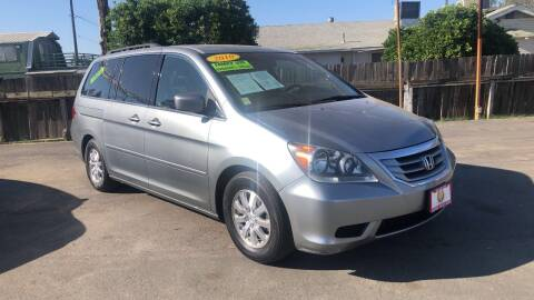 2010 Honda Odyssey for sale at Central Valley Autos in Bakersfield CA
