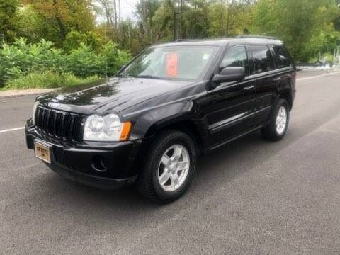 2007 Jeep Grand Cherokee for sale at GT Toyz Motorsports & Marine in Halfmoon NY