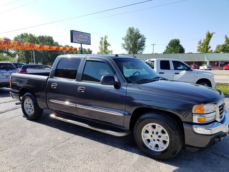 2005 GMC Sierra 1500 for sale at Aaron's Auto Sales in Poplar Bluff MO