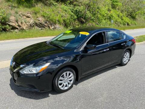 2016 Nissan Altima 2.5 S for sale at Johnsons Auto Sales, LLC in Marshall NC