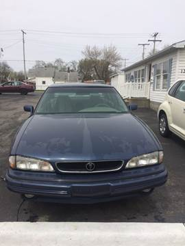 1994 Pontiac Bonneville for sale in Terre Haute, IN