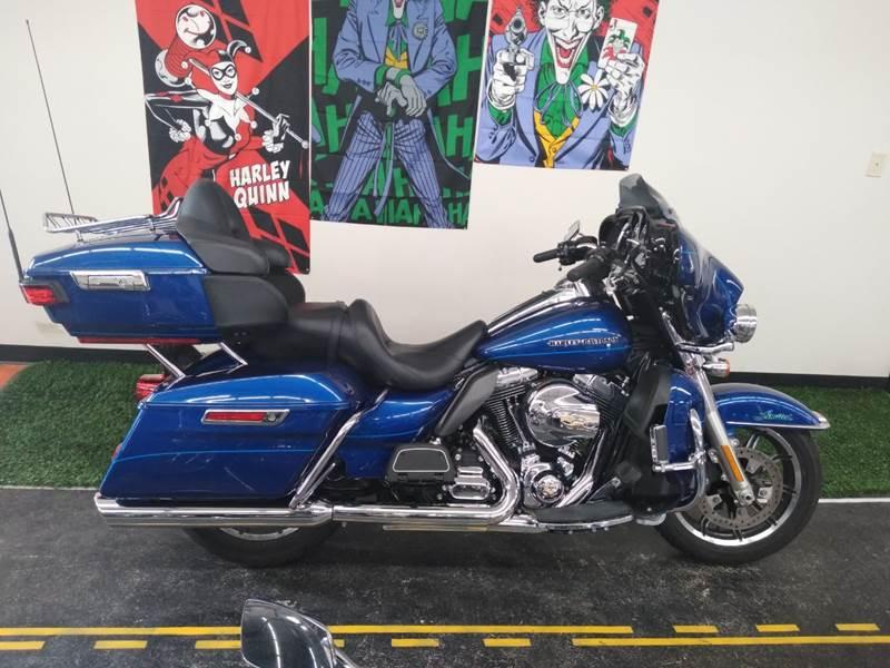 2015 Harley-Davidson FLHTK