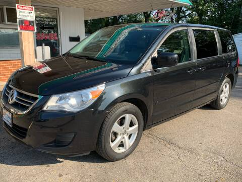 2010 Volkswagen Routan for sale at New Wheels in Glendale Heights IL