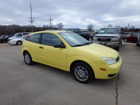 2005 Ford Focus for sale at BLACKWELL MOTORS INC in Farmington MO