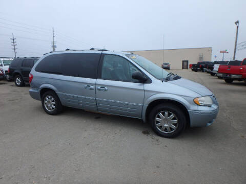 2006 Chrysler Town and Country for sale at BLACKWELL MOTORS INC in Farmington MO