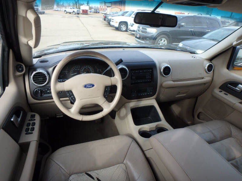 2003 Ford Expedition Eddie Bauer (image 13)