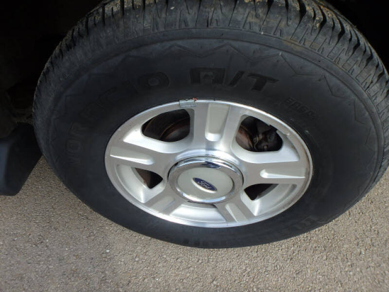 2003 Ford Expedition Eddie Bauer (image 12)
