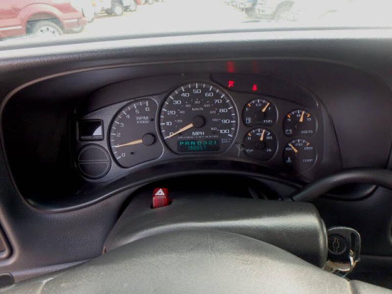 2002 Chevrolet Silverado 1500 (image 14)