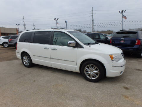 2008 Chrysler Town and Country Limited for sale at BLACKWELL MOTORS INC in Farmington MO