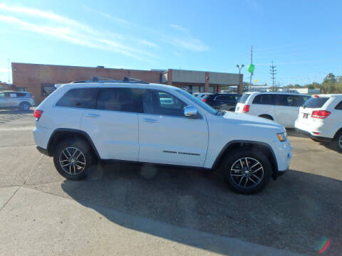 2017 Jeep Grand Cherokee for sale at BLACKWELL MOTORS INC in Farmington MO