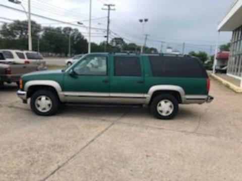 1999 GMC Suburban for sale in Norfolk, VA