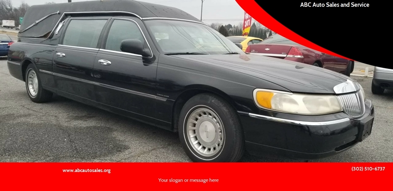 2000 Lincoln Town Car Executive In New Castle De Abc Auto Sales