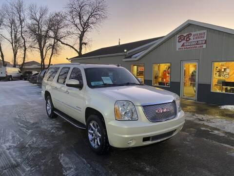 2011 GMC Yukon XL for sale in Brookings, SD