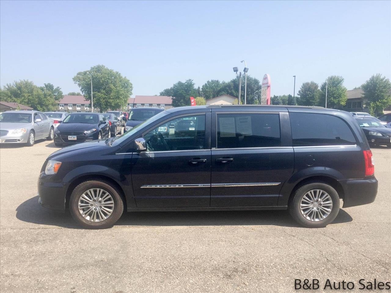 2013 Chrysler Town and Country Touring-L 4dr Mini-Van - Brookings SD
