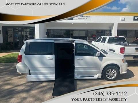 2013 Dodge Grand Caravan for sale in Houston, TX