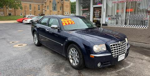 2005 Chrysler 300 for sale at KUHLMAN MOTORS in Maquoketa IA