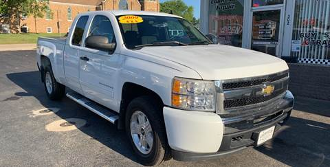 2009 Chevrolet Silverado 1500 for sale at KUHLMAN MOTORS in Maquoketa IA