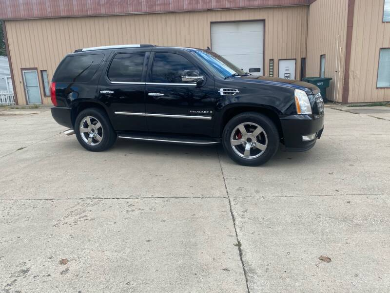 2008 Cadillac Escalade for sale at Walker Motors in Muncie IN