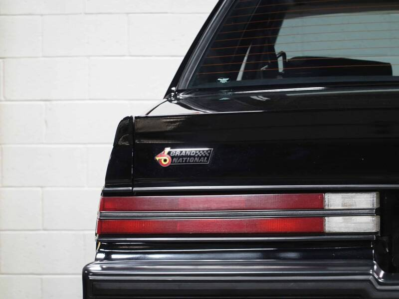 1987 Buick Regal Grand National Turbo (image 16)