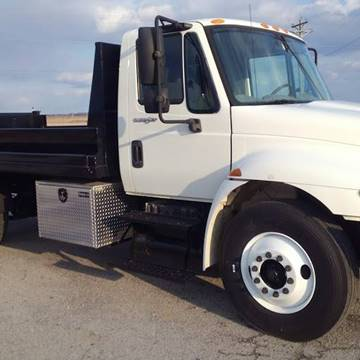 2011 International 4300 for sale in Yoder, IN