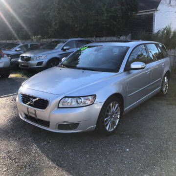 2010 Volvo V50 for sale at Specialty Auto Inc in Hanson MA