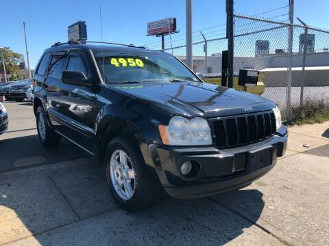 2005 Jeep Grand Cherokee for sale at GW MOTORS in Newark NJ