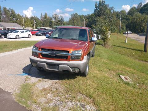 2003 Chevrolet Avalanche 1500 for sale at Scarletts Cars in Camden TN