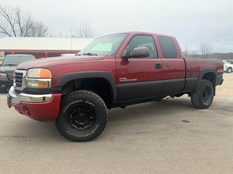 2004 GMC Sierra 2500HD for sale in Logan, OH