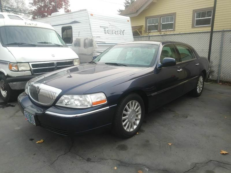 2004 Lincoln Town Car Ultimate In Salem Or Good Fellows Auto Sales