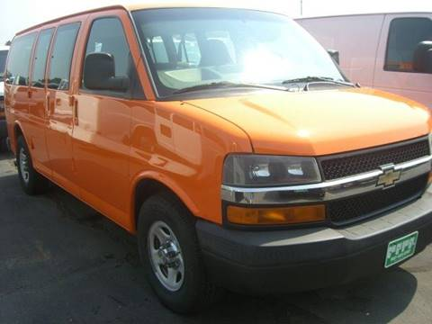 2007 Chevrolet Express Passenger for sale in Shakopee, MN