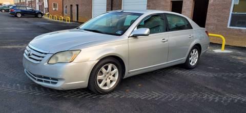 2005 Toyota Avalon for sale at Bricktown Motors in Brick NJ
