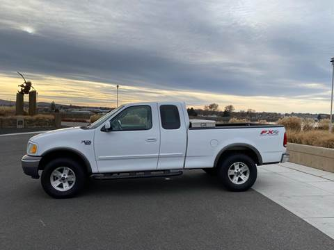 2002 Ford F-150 XLT for sale at Truck Galaxy in Kennewick WA