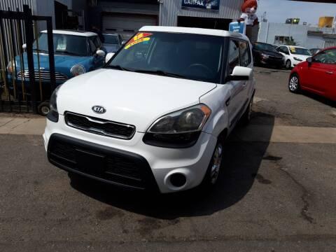 2012 Kia Soul for sale at Sanaa Auto Sales LLC in Denver CO