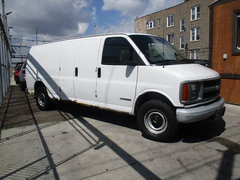 2001 Chevrolet Express Cargo for sale in Chicago, IL
