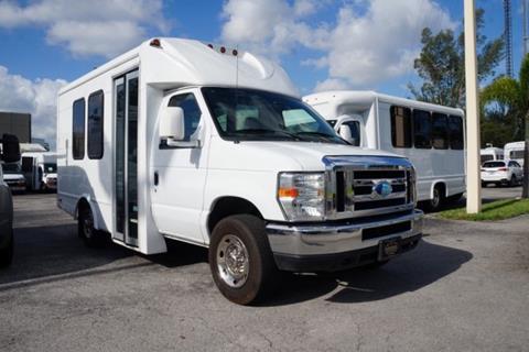 2014 Ford E-Series Chassis for sale in Miami Gardens, FL
