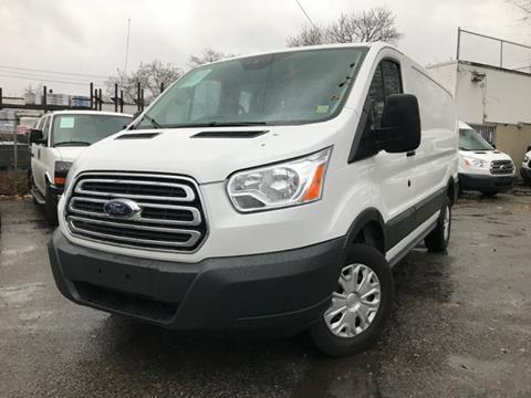 771d39389a4dff 2017 Ford Transit Cargo for sale in Bronx