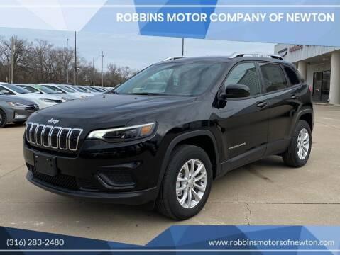 2020 Jeep Cherokee for sale at Robbins Motor Company of Newton in Newton KS