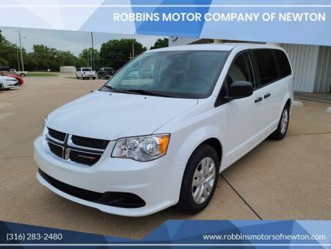 2020 Dodge Grand Caravan for sale at Robbins Motor Company of Newton in Newton KS