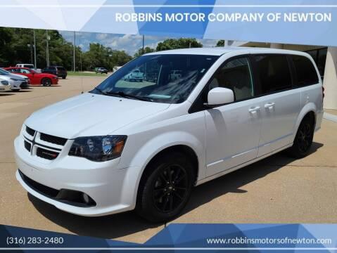 2019 Dodge Grand Caravan for sale at Robbins Motor Company of Newton in Newton KS