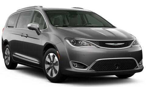 2020 Chrysler Pacifica Hybrid for sale at Robbins Motor Company of Newton in Newton KS