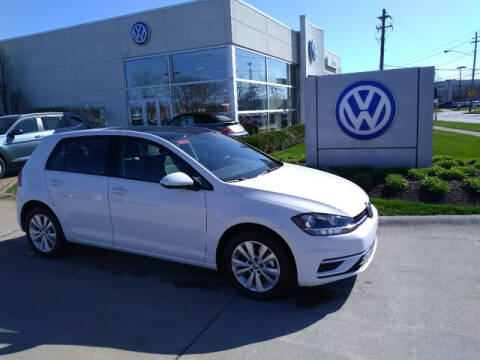 2020 Volkswagen Golf 1.4T for sale at Classic Volkswagen Mentor in Mentor OH
