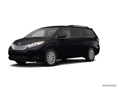 2017 Toyota Sienna for sale in Mentor, OH