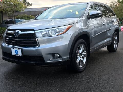 2015 Toyota Highlander Hybrid for sale at GO AUTO BROKERS in Bellevue WA