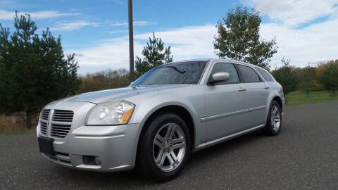2005 Dodge Magnum for sale at PA Auto World in Levittown PA