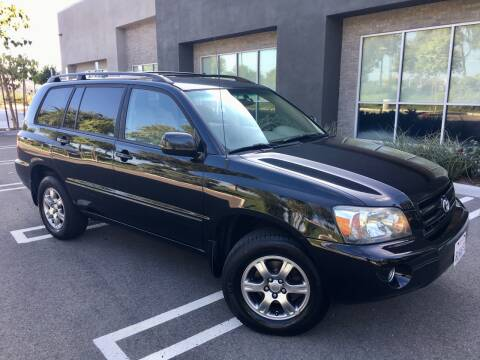 2005 Toyota Highlander for sale at San Diego Auto Solutions in Escondido CA